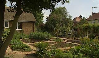 Diana Harold garden