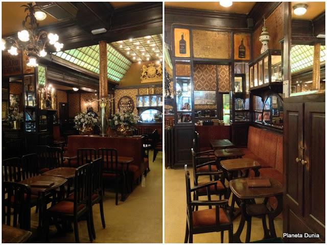 Café Art Nouveau