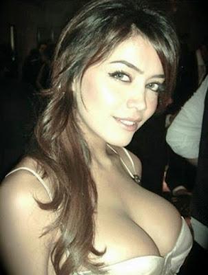 schönes muslimisches Mädchen