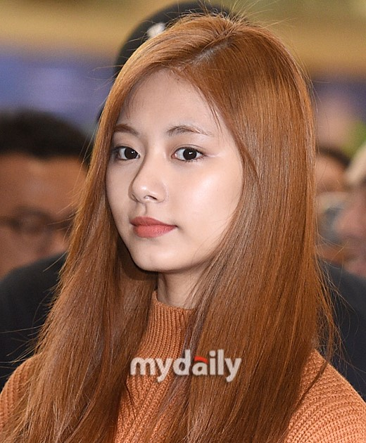 [SK] TWICE Tzuyu Express Her Feeling In The Latest