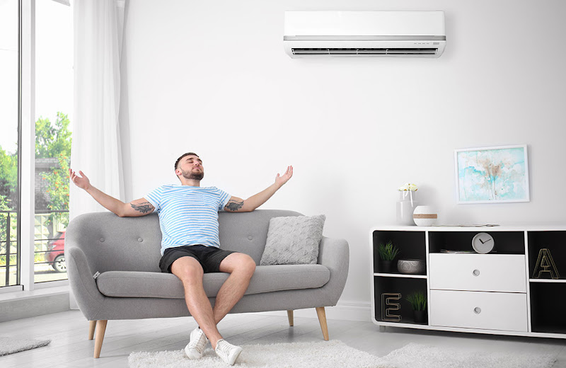 Both ducted air conditioning  and the Split system (or its multisplit variant ) allow us to effectively air-condition a home or workspace