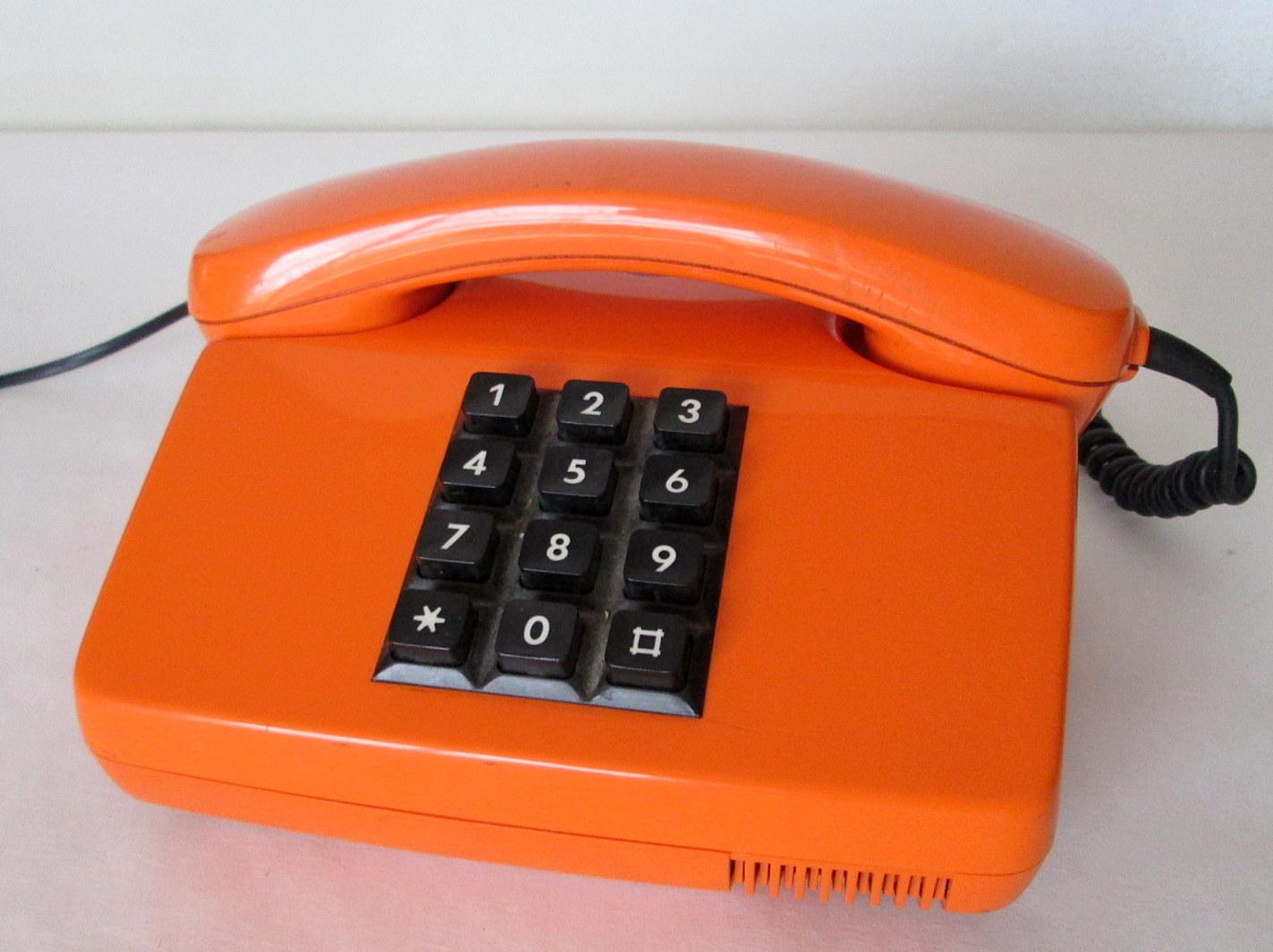 TELÉFONO VINTAGE NARANJA - ALEMANIA AÑOS 70
