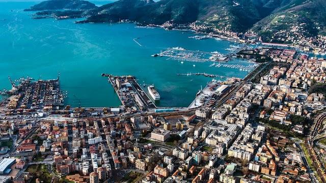 Nel porto della Spezia pescaggio a meno 14