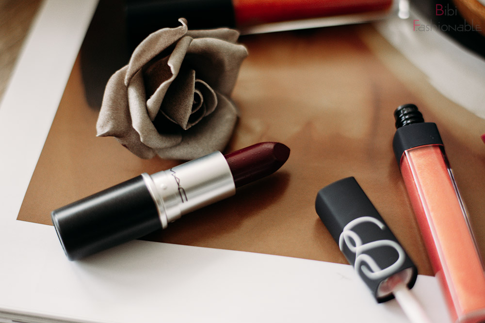 MAC Amplified Cream Lipstick Dark Side