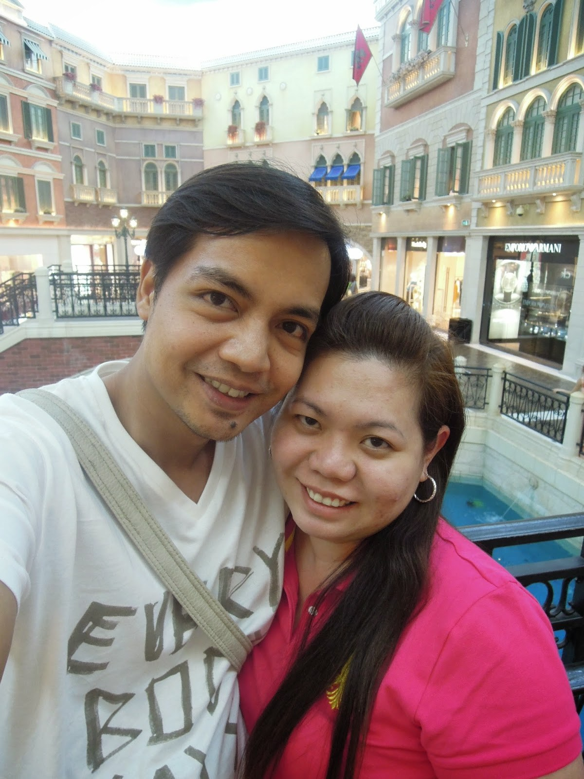 A couple traveler and blogger exploring The Venetian Hotel Macao