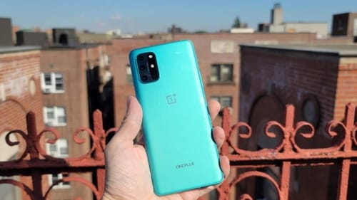 OnePlus 8T removes the pre-installed Facebook app