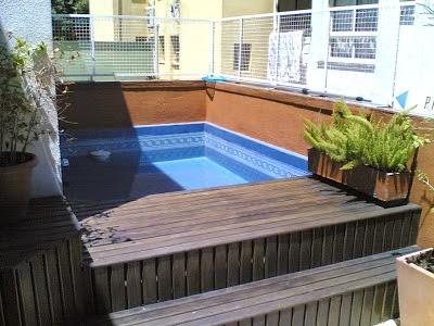 Piscinas en terrazas colores en casa for Piscinas muy pequenas
