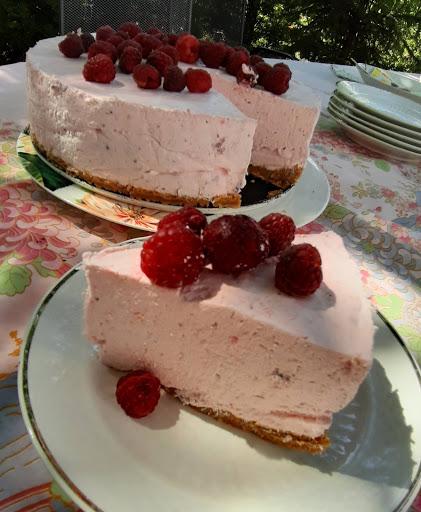 Epres joghurttorta sütés nélkül