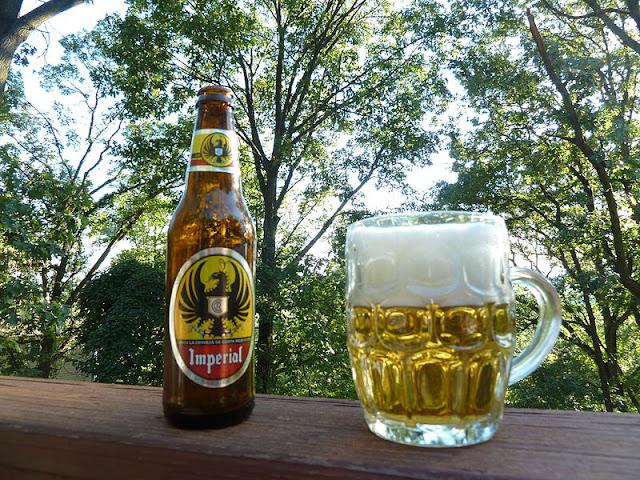 800px-Imperial.Beer.jpg