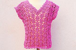 1 - Crochet IMAGEN Blusa para niña con puntada de corazones. MAJOVEL