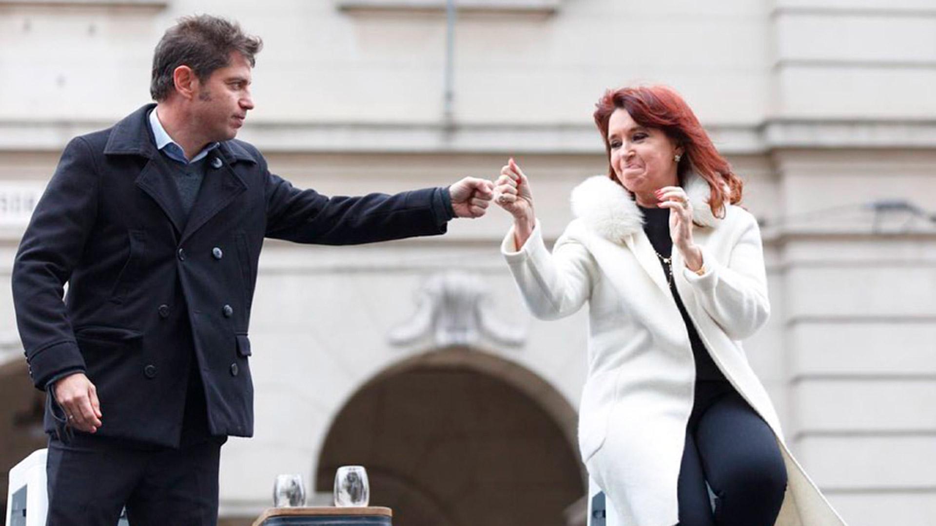 """Cristina Kirchner: """"Por favor, dejemos la vacuna y la pandemia afuera de la disputa política"""""""