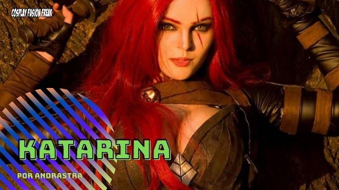 Andrastra con su cosplay de Katarina