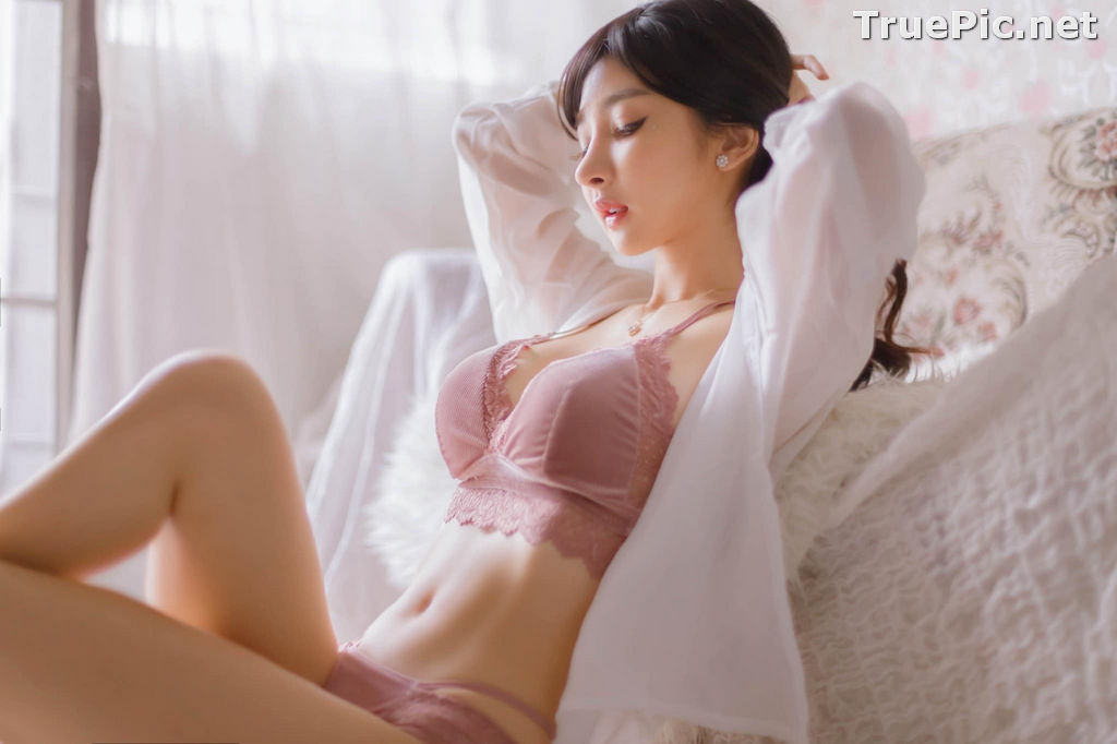 Image Thailand Sexy Model - Pattamaporn Keawkum - Pink and Red Lingerie - TruePic.net - Picture-2