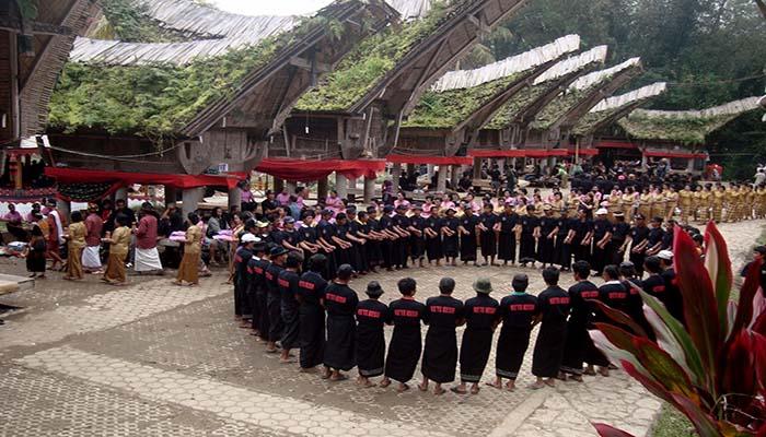 Tari Ma'badong, Tarian Tradisional Dari Sulawesi Selatan