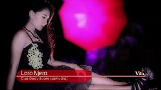 Lirik Lagu Loro Njero - Vita Alvia