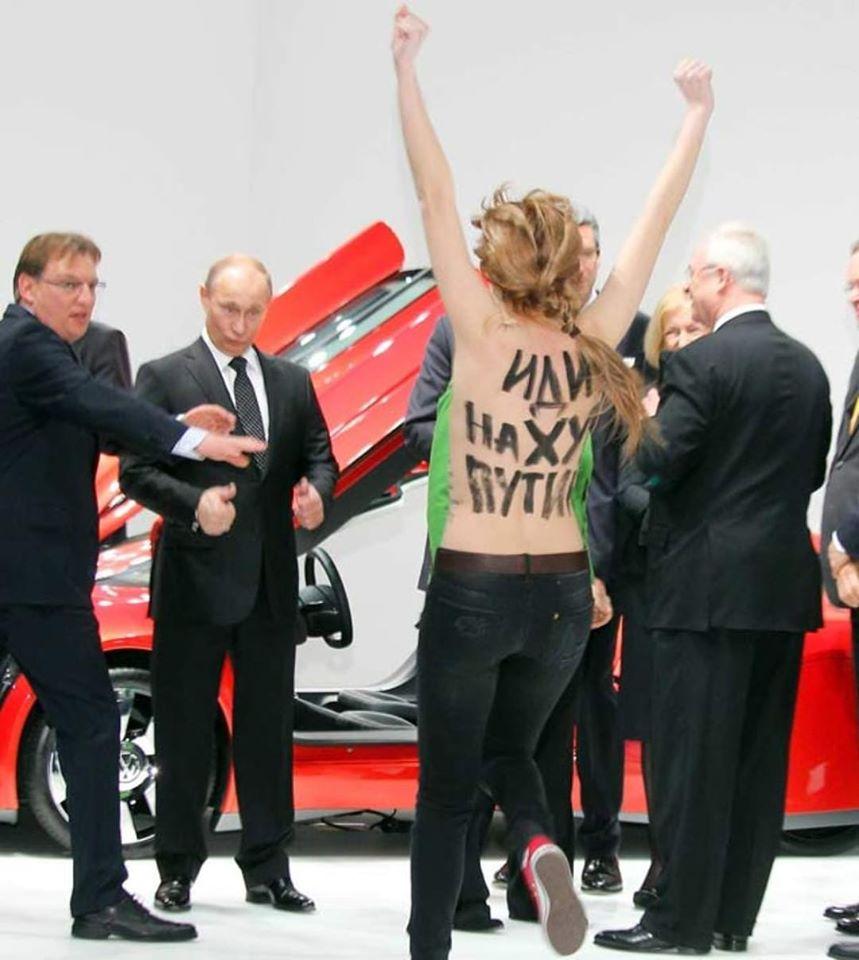 Tổng thống Nga V.Putin và nữ quyền Femen