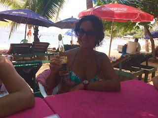 Spiaggia messicana con guacamole