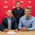 Erik Ten Hag renueva con el Ajax hasta 2022
