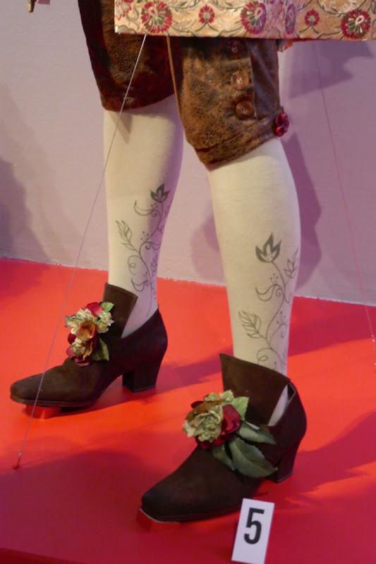 Nutcracker Four Realms Hawthorne costume tights
