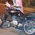 Homem bate moto em poste e morre na avenida Lozano Araújo