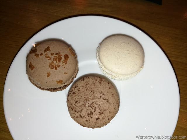 Makaroniki w kawiarni Odette
