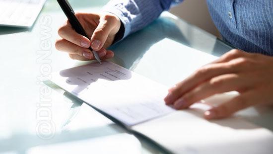 falha averiguacao assinatura gera danos morais