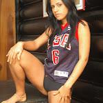 Andrea Rincon, Selena Spice Galeria 27 : Camiseta Basket, Cachetero Negro Foto 9