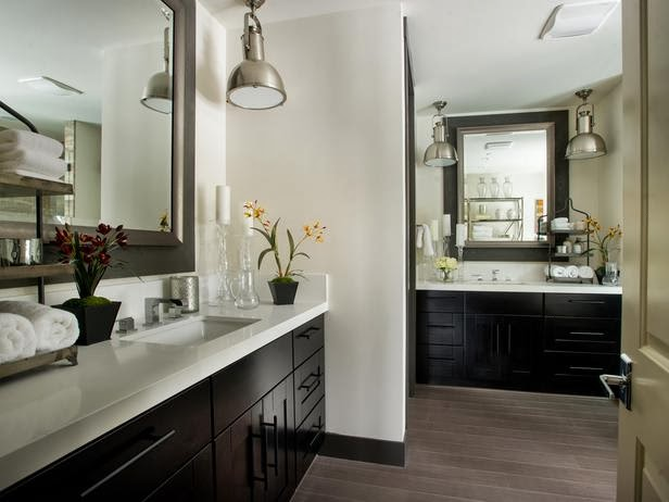 Modern Furniture: HGTV Dream Home 2014 : Master Bathroom