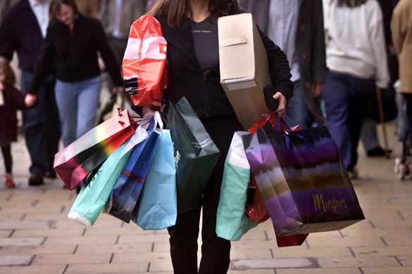 """b17c74c18340e Salir de compras con una mujer. """"Acompáñame a comprar ropa"""" ..."""