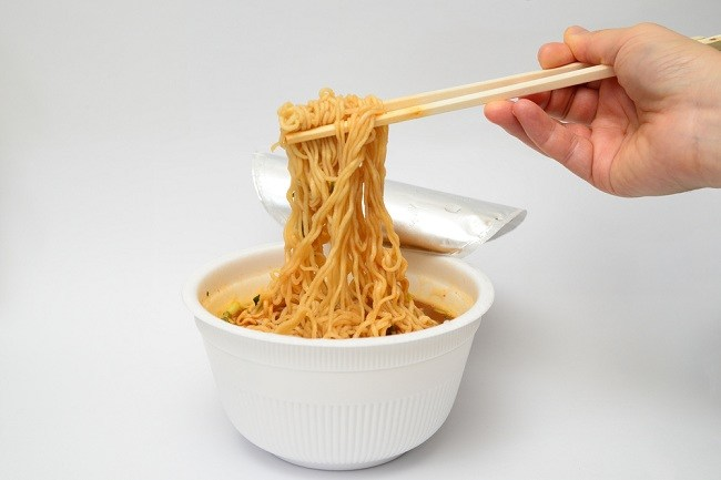 The Dangers of Pregnant Women Eating Instant Noodles and ...