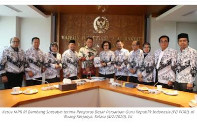 Ketua MPR Bambang Soesatyo: Indonesia Kurang Guru, Angkat Honorer Jadi PNS