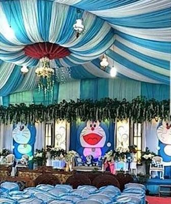 dekorasi pernikahan doraemon terbaru