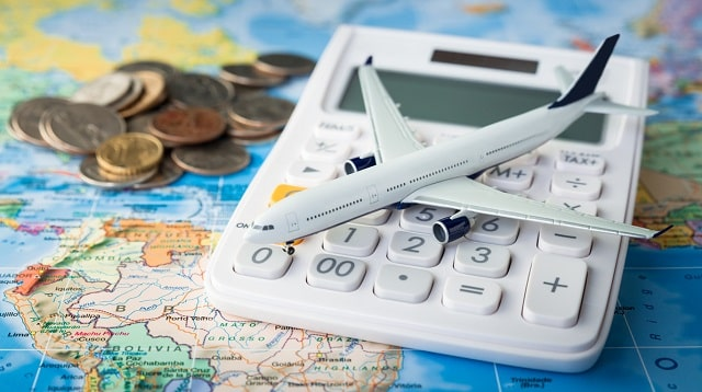 tips save on corporate travel lower expenses business traveling