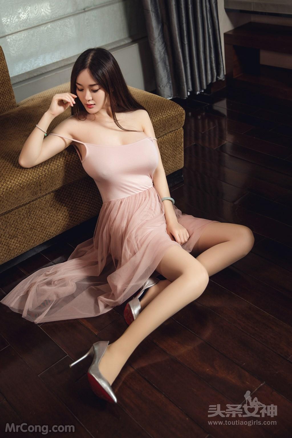 Image TouTiao-2017-05-08-Yi-Yang-MrCong.com-028 in post TouTiao 2017-05-08: Người mẫu Yi Yang (易阳) (30 ảnh)