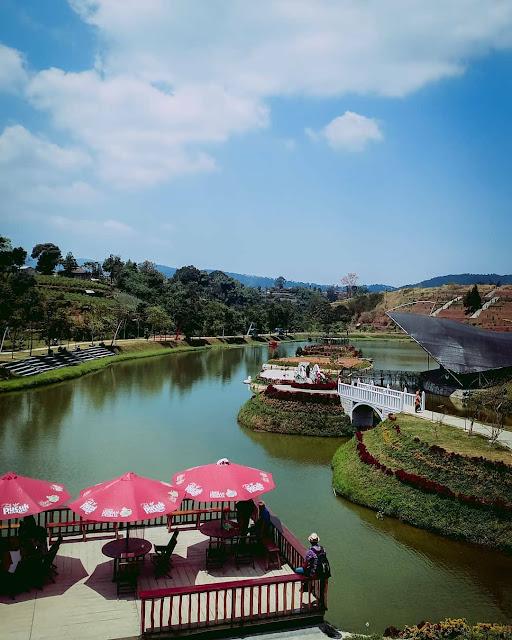 Obyek Wisata Taman Lembah Dewata Lembang Bandung