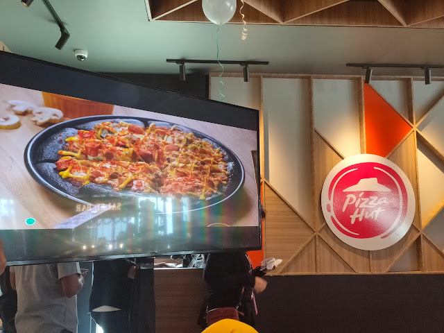 Outlet Ke-500 Pizza Hut Indonesia di Golden City Bekasi