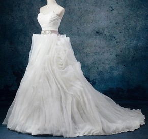 http://uk.millybridal.org/product/organza-sweetheart-ball-gown-court-train-with-sashes-ribbons-wedding-dresses-ukm00023082-21299.html?utm_source=post&utm_medium=1380&utm_campaign=blog