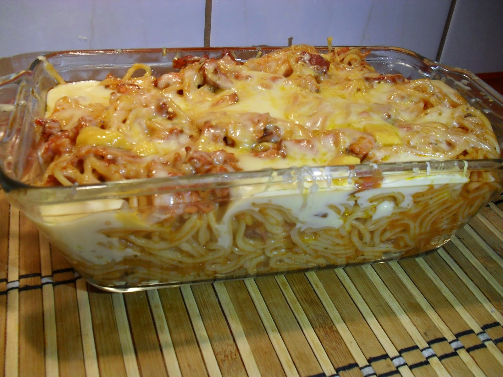 zapiekanka z makaronu spaghetti