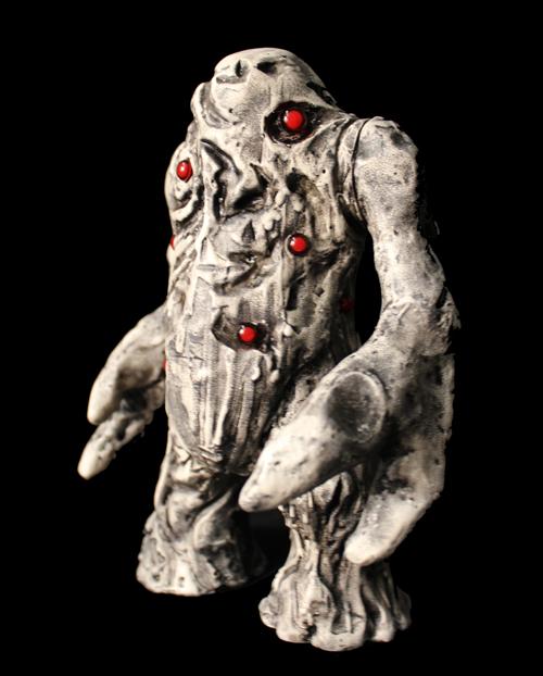 Kaiju Korner Guumon Todd Robertson Figures Dropping At