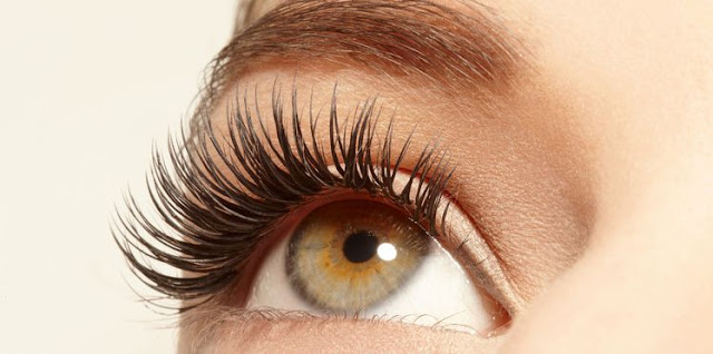 3 ways to hold your eyelash extensions