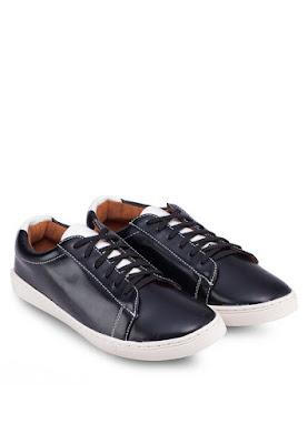 Chọn giày nam giá rẻ hiện đại