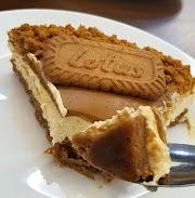 Resipi mudah Lotus Biscoff Cheesecake, tak perlu bakar!