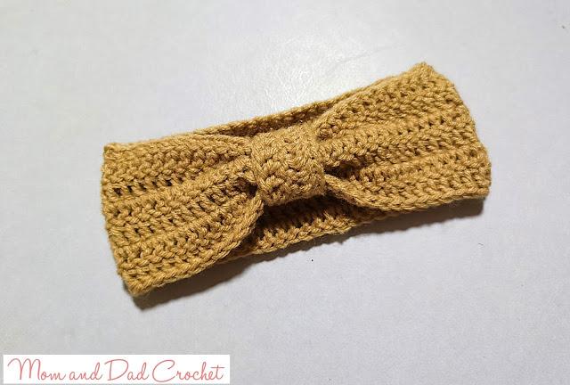 crochet free pattern, Crochet headband, crochet turban, Mom & Dad Crochet, turban headband with top-knot detail,