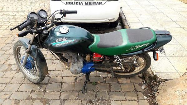 Moto roubada em Canoinhas é apreendida em Timbó Grande