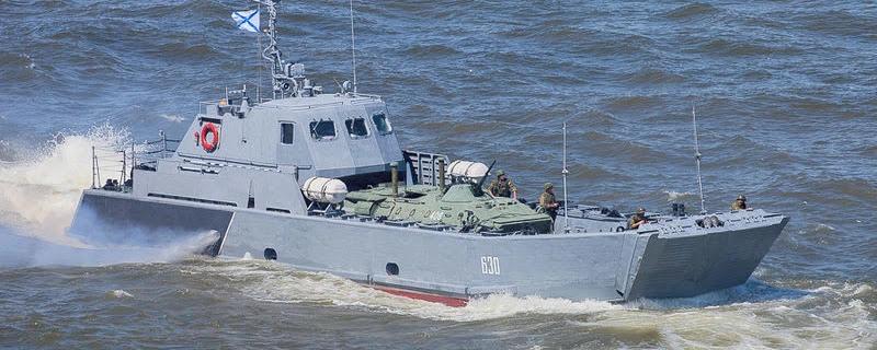 Росія перекидає на Чорне море десантні катери