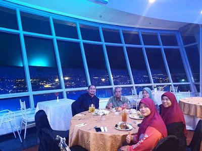 Restoran Atas Menara Alor Star. Dinner Special Untuk Orang Special!