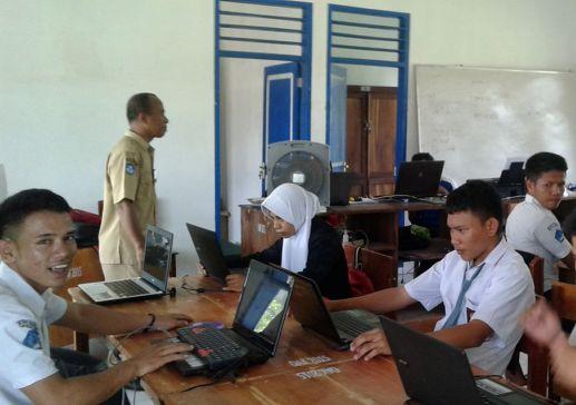Berada Di Pulau Namun SMKN 4, Selayar Laksanakan USBNBK
