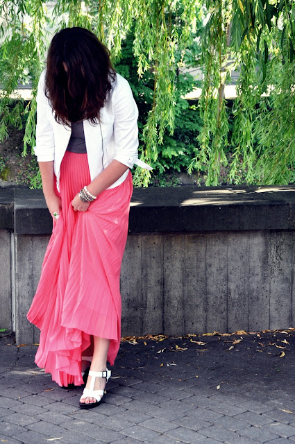 pink coral skirt with pleats by Mango, white jacket from MaxMara and simple grey top by H&M
