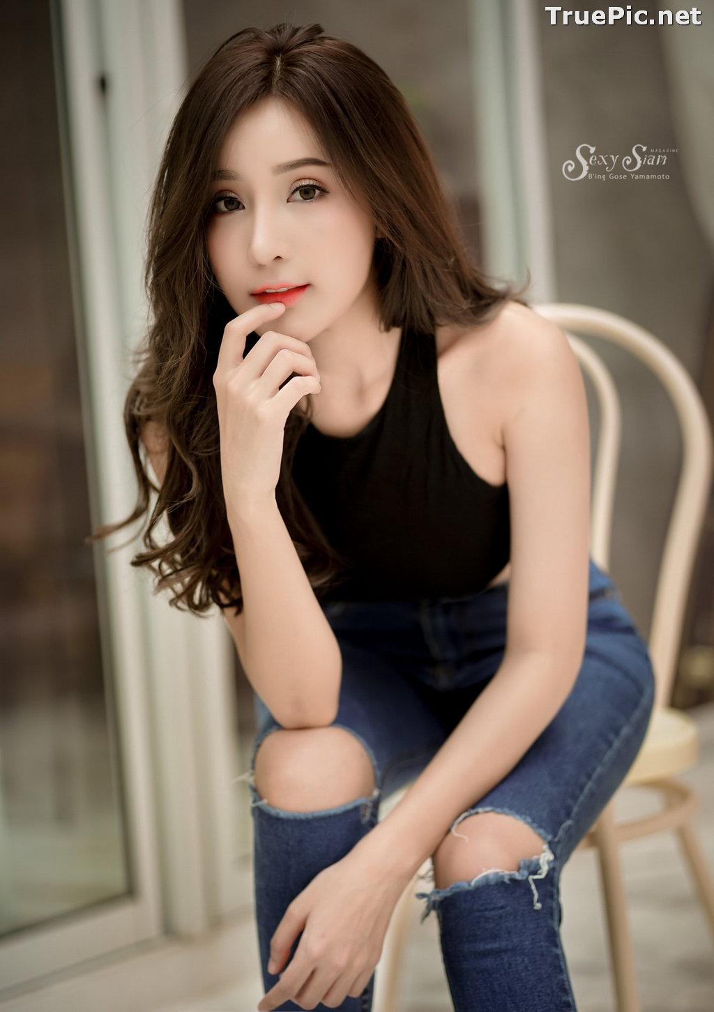 Image Thailand Model - Thanyarat Charoenpornkittada - Black Crop Top and Jean - TruePic.net - Picture-8