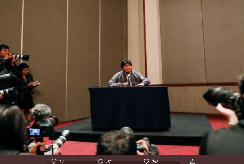 Morales ordenó a sus fieles, desde México, bloquear el ingreso de alimentos a las ciudades / TELESUR